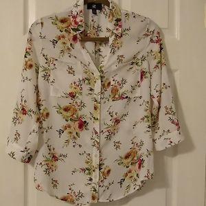 💜 IZ Byer button down blouse size S